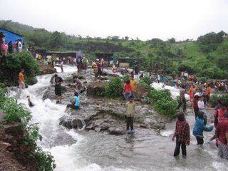Having fun, Bhusi Dam, Lonavla, India