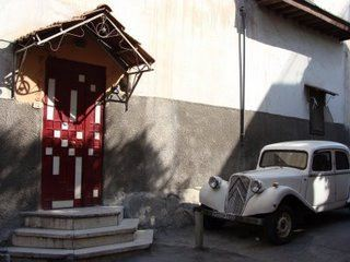 Old car in the Old City, Damascus, Syria