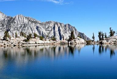 lone-pine-lake
