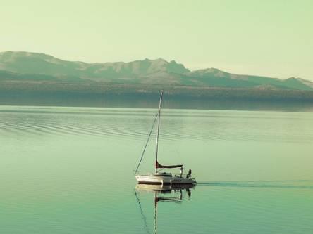 lake huapi argentina