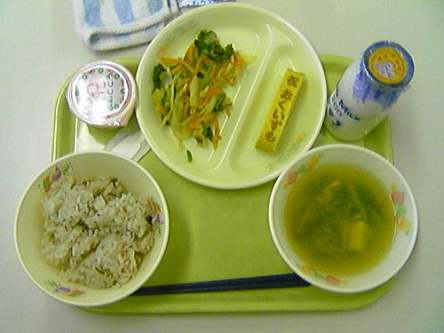What's Best For Our Kids? 11 School Lunches From Around The