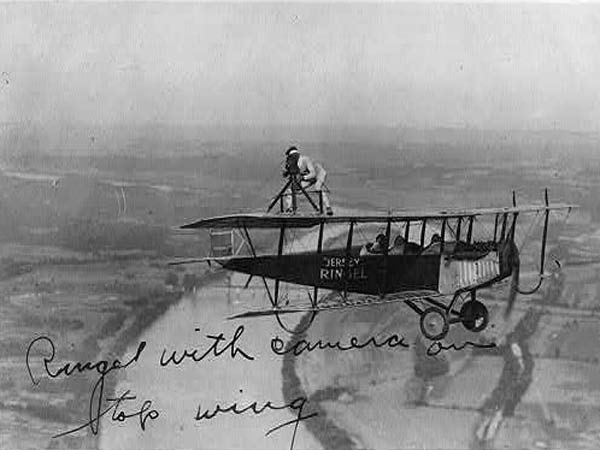 were the wright brothers the first to sustain controlled powered flight? essay My essay on energy and mankind  1903 the wright brothers powered flight  oecd man has therefore learned to sustain a long life by only working.